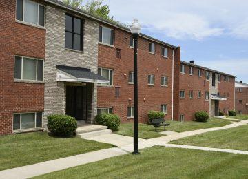 Arbuta Arms Apartments Exterior
